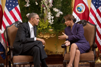   US President Barack Obama with Costa Rica President Laura Chinchilla in 2013   MR Online